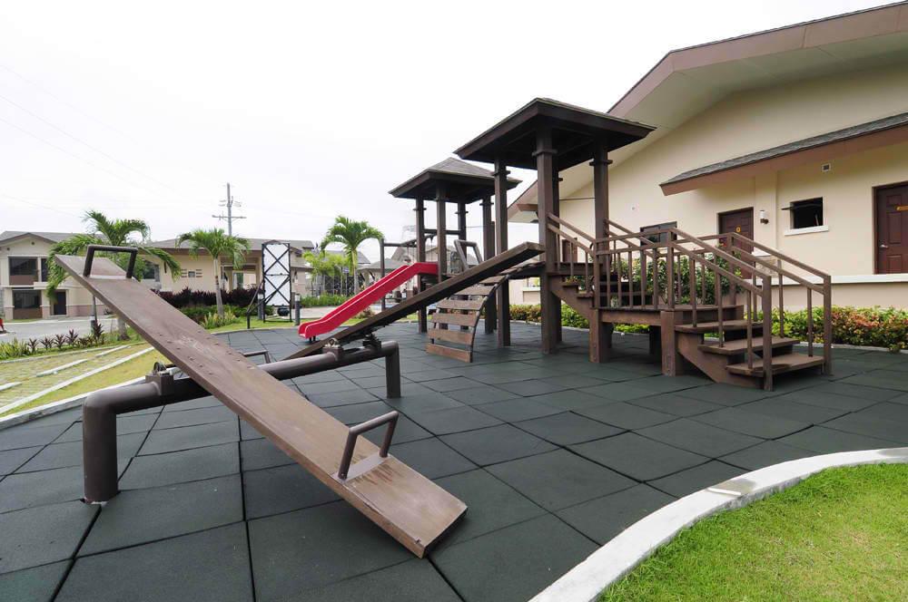 Willow Park Playground